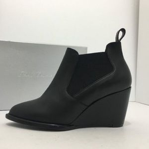 b101cfd66ac Robert Clergerie Shoes - Robert Clergerie Bk Leather Olav Wedge Booties